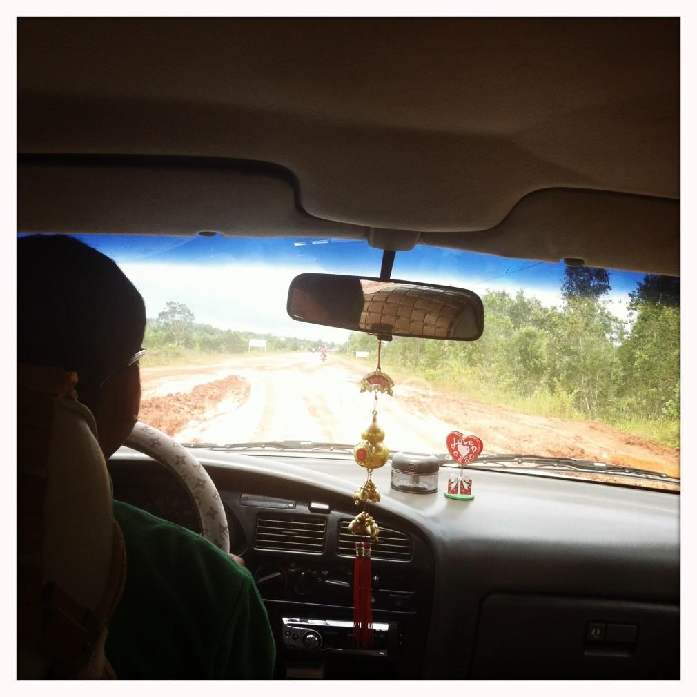 Mit dem Taxi von Phnom Penh nach Koh Kong