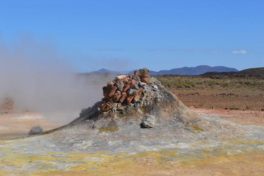 Solfatar im Hochtemperaturgebiet Hverarönd / Námaskarð