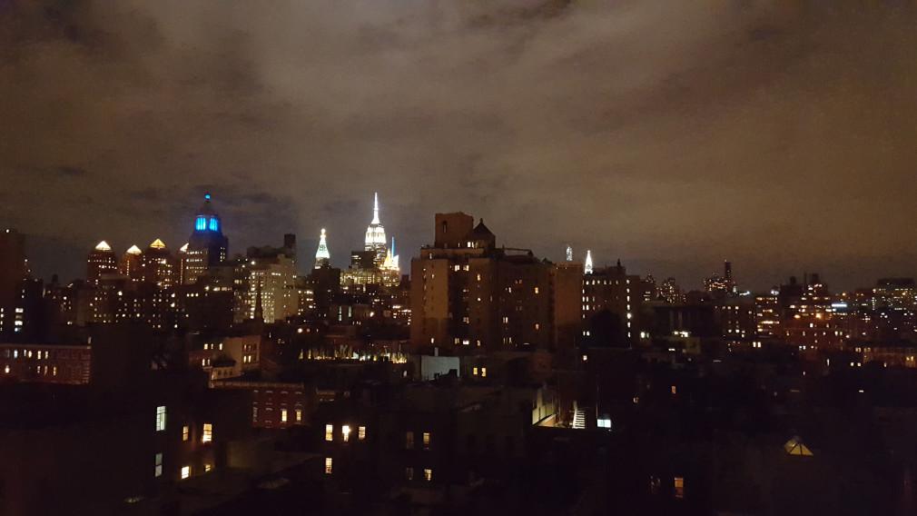 Nächtlicher Blick auf Empire State Building, Chrysler Building & Co.