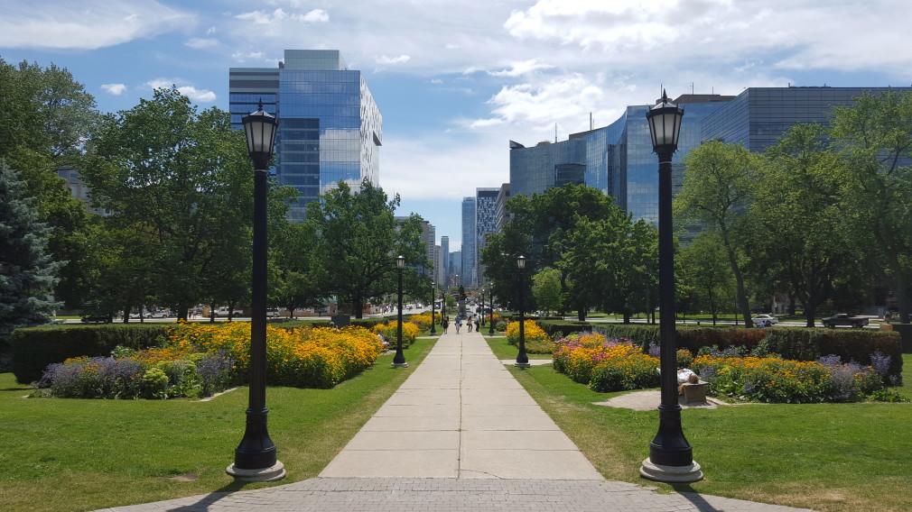 Blick auf die University Avenue, Toronto