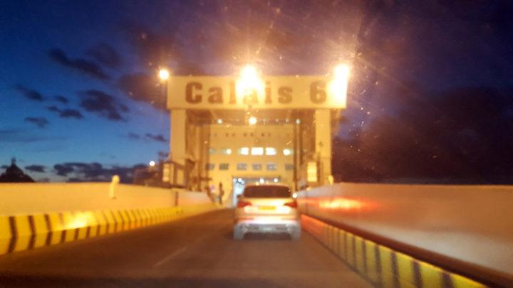 Mit der Fähre von Calais nach Dover