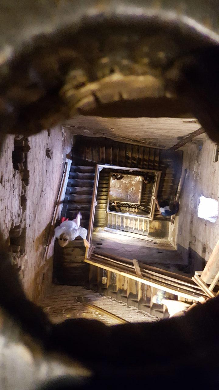 Schwindelerregender Treppenaufgang im Torre Asinelli