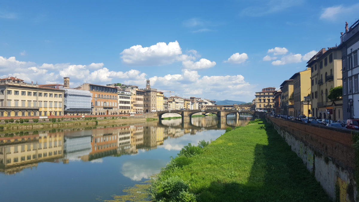 Am Ufer des Arno in Florenz