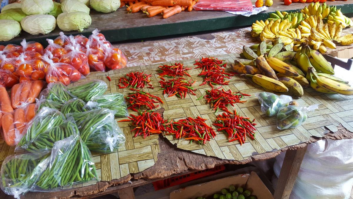 Chillis auf dem Markt in Victoria